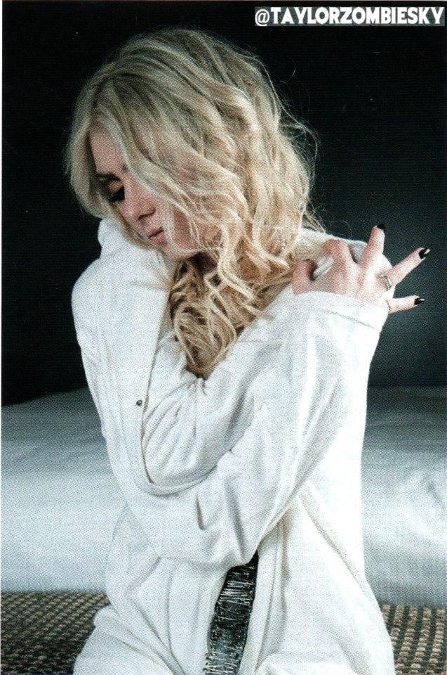 Taylor Momsen 2014 : Taylor Momsen: MyRock Magazine -02