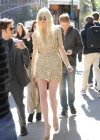 Taylor Momsen - On The Set Of GOSSIP GIRL in New York-05