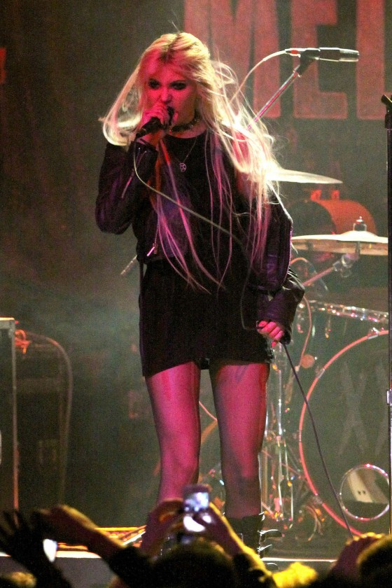 Taylor Momsen Puts On a Raunchy Show in Vancouver-18