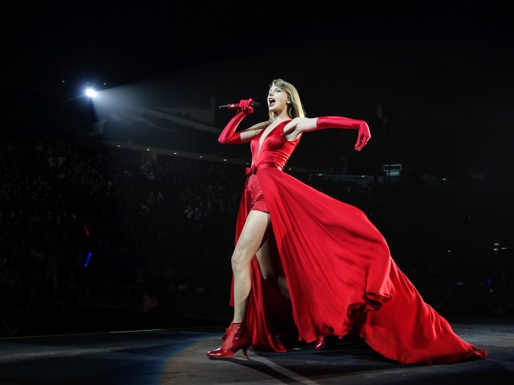 Taylor Swfit – RED Tour Singapore