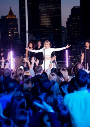Taylor Swift: 1989 Secret Session with iHeartRadio -02
