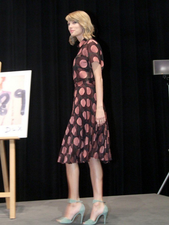 Taylor Swift – 1989 Tokyo Press Conference -02