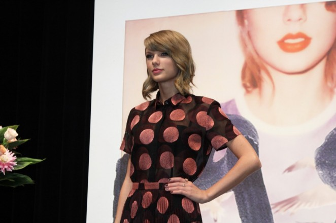 Taylor Swift – 1989 Tokyo Press Conference -03