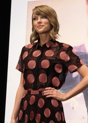 Taylor Swift - 1989 Tokyo Press Conference -07