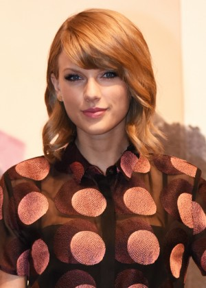Taylor Swift - 1989 Tokyo Press Conference -09