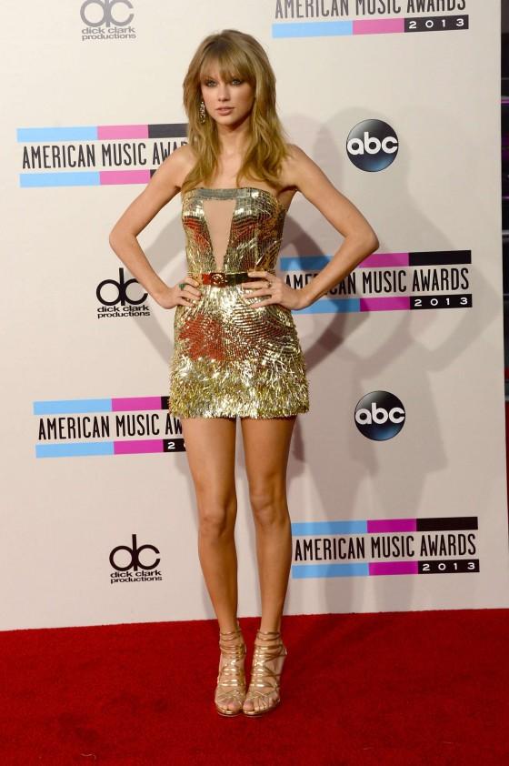 Taylor Swift: 2013 American Music Awards -24