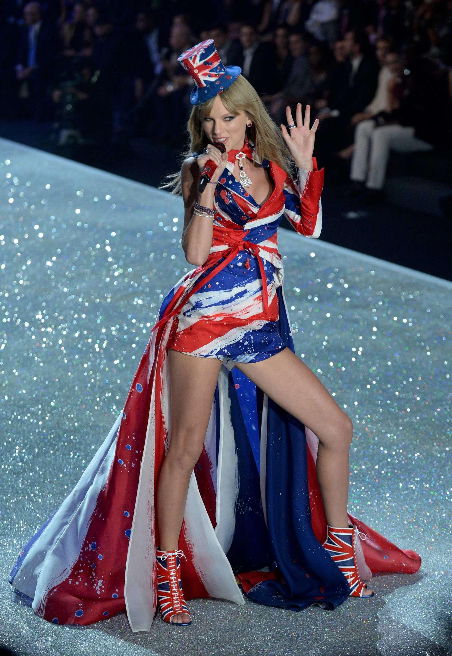 Taylor swift 2013 vs fashion show 11 gotceleb Taylor swift style live vs fashion show
