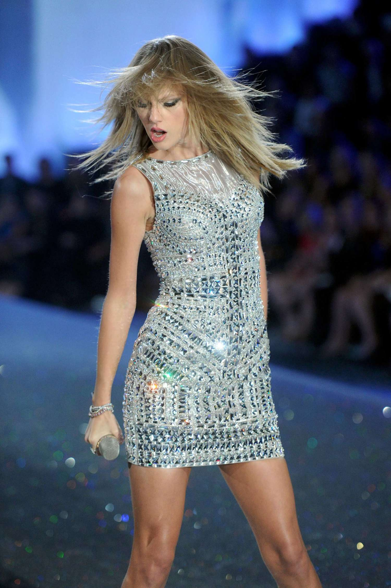 Taylor Swift 2013 Vs Fashion Show 38 Gotceleb