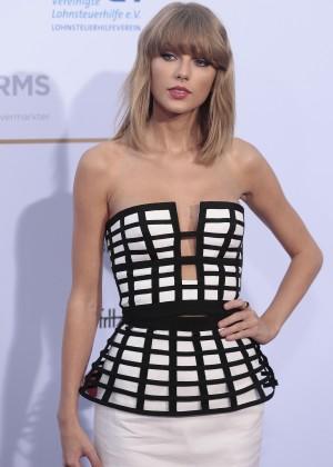Taylor Swift - German Radio Awards 2014 in Germany