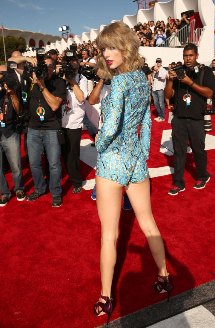 Taylor Swift: 2014 MTV Video Music Awards -06 - GotCeleb