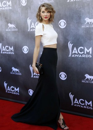 Taylor Swift: 2014 Academy of Country Music Awards -01