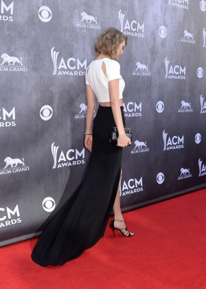 Taylor Swift: 2014 Academy of Country Music Awards -05