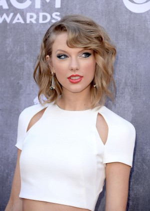 Taylor Swift: 2014 Academy of Country Music Awards -06