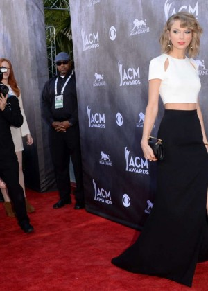 Taylor Swift: 2014 Academy of Country Music Awards -07