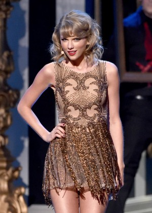 Taylor Swift - 2014 American Music Awards in LA