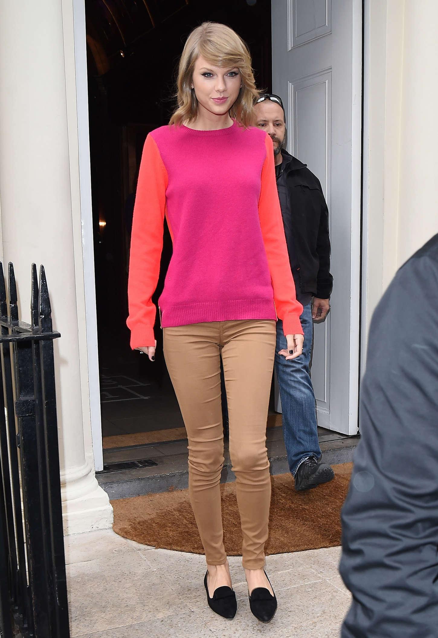 Taylor Swift Leaving Sketch Restaurant In London
