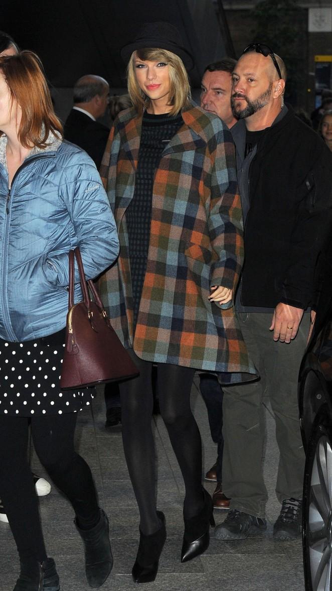 Taylor Swift at The Shard -04