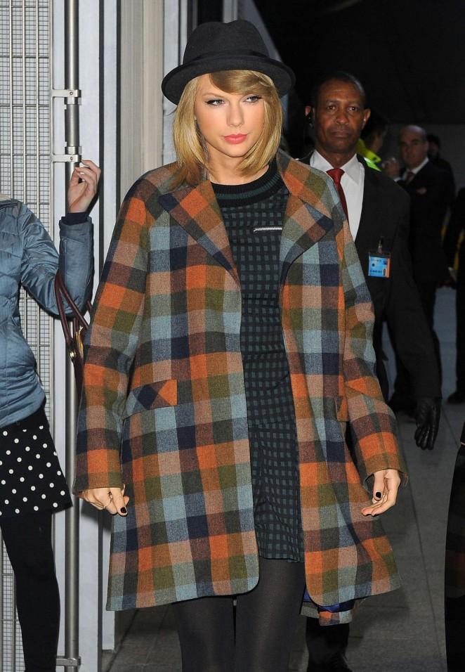 Taylor Swift at The Shard -12