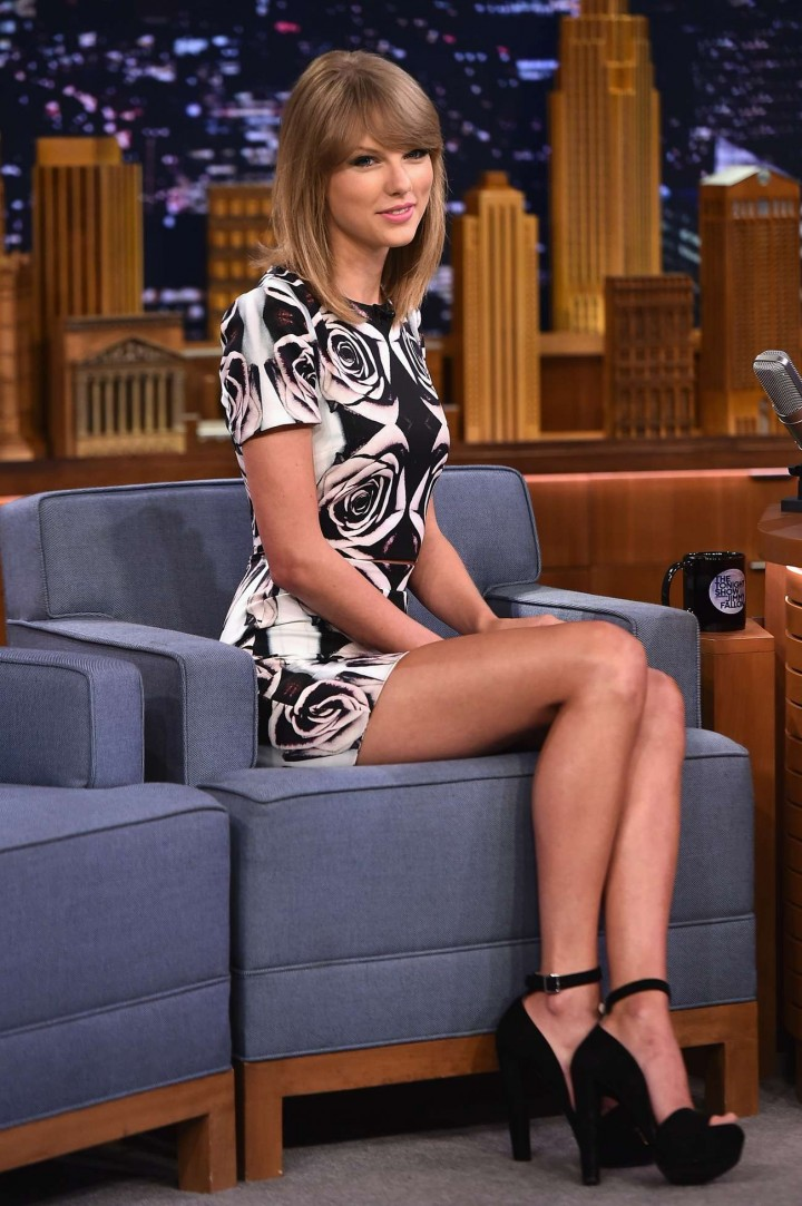 Taylor Swift: The Tonight Show Starring Jimmy Fallon -06