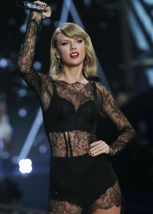 Taylor Swift Performs at Victoria's Secret Fashion Show 2014