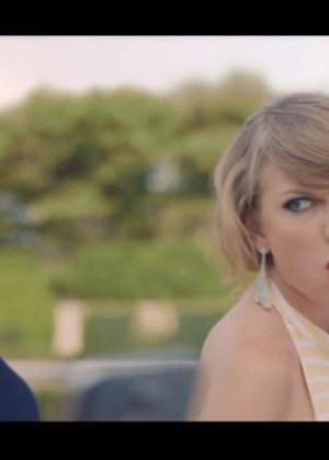 Taylor Swift: Blank Space Music Video -01