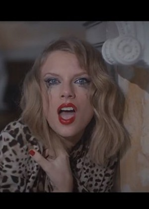 "Taylor Swift - ""Blank Space"" Music Video"