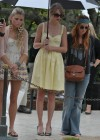 taylor-swift-candids-at-jfk-memorial-in-virginia-06