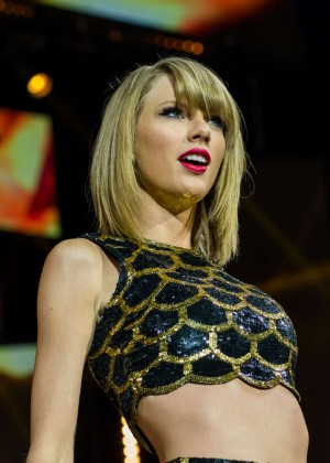 Taylor Swift - Capital FM's Jingle Bell Ball in London