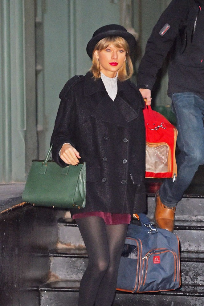 Taylor Swift in Mini Skirt - Leaving her apartment in New York City