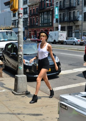 Taylor Swift in Tank top and shorts -02