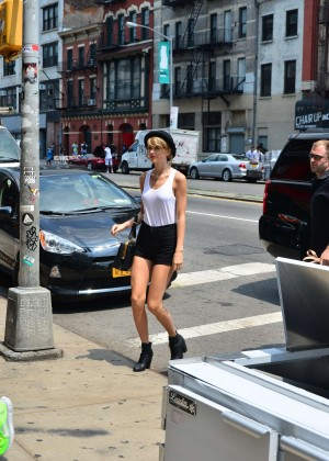 Taylor Swift in Tank top and shorts -06