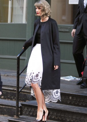 Taylor Swift in White Dress Leaving her apartment in NYC