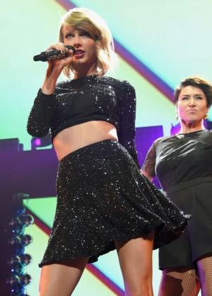 Taylor Swift - KIIS FM's Jingle Ball 2014 in LA