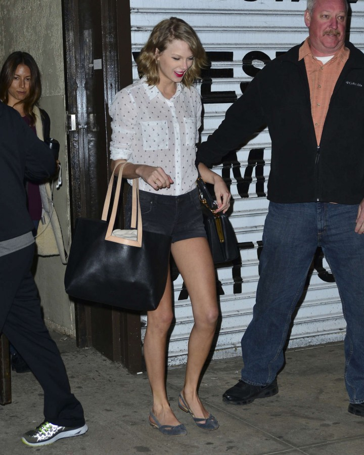 Taylor Swift leaving a workout studio in NYC