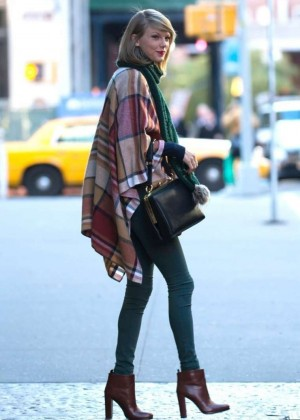 Taylor Swift in Tight Jeans and Poncho out in NY