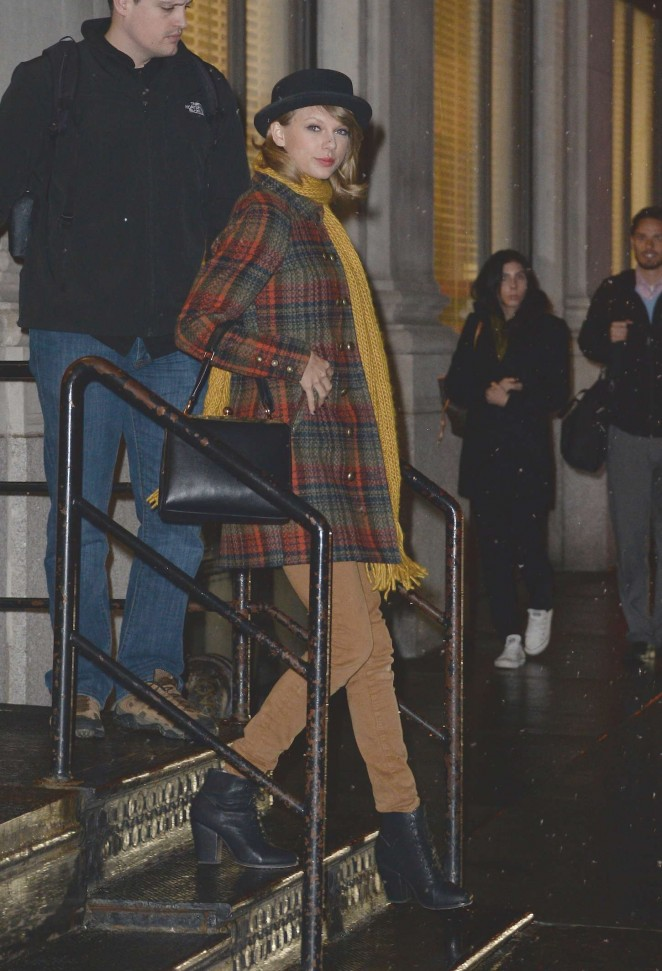 Taylor Swift Night Out in NYC -07