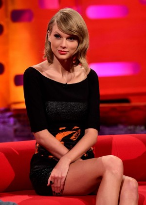 Taylor Swift Leggy on The Graham Norton Show in London