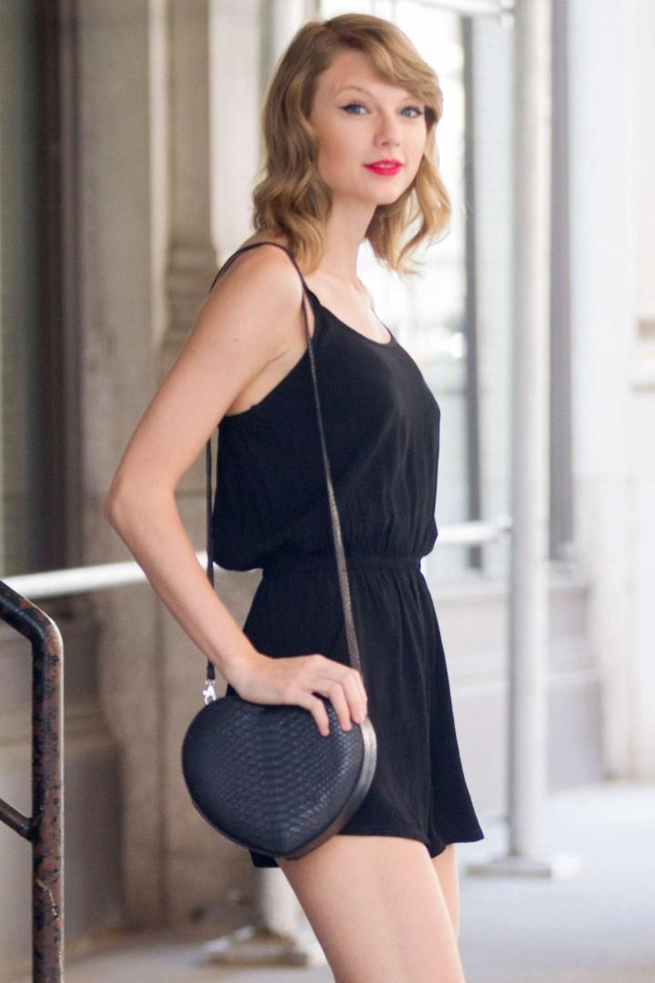 Taylor Swift short dress -17
