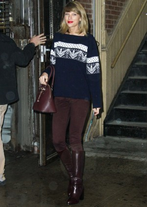 Taylor Swift - Leaving the gym in New York City