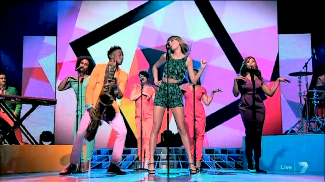 Taylor Swift - Performing On The X-Factor Australia