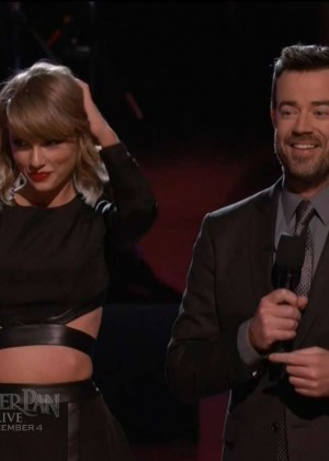 Taylor Swift: Performs on The Voice -10