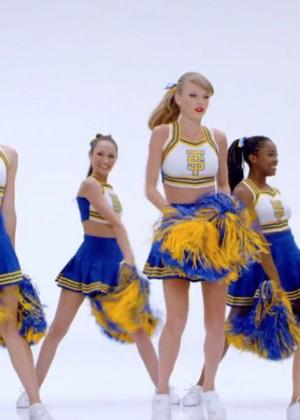 Taylor Swift: Shake It Off Music Video Stills-19