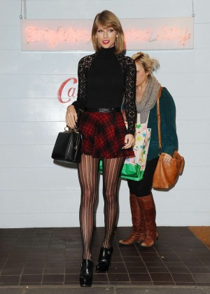 Taylor Swift in Mini Skirt at Cath Kidston -12