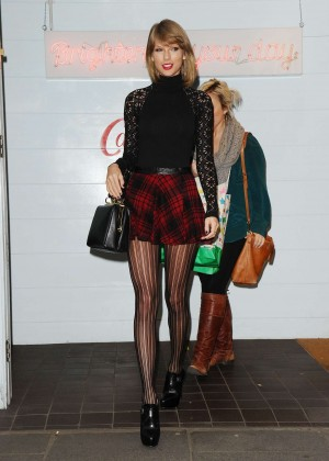 Taylor Swift in Mini Skirt at Cath Kidston -17