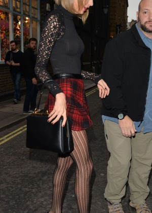 Taylor Swift in Mini Skirt at Cath Kidston -21