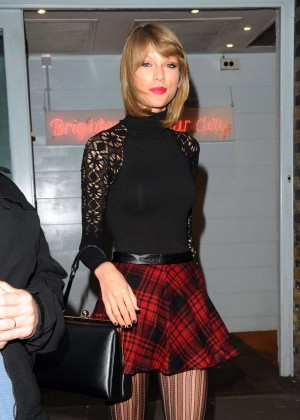 Taylor Swift in Mini Skirt at Cath Kidston -22