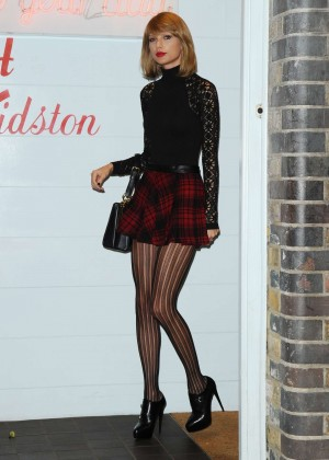 Taylor Swift in Mini Skirt at Cath Kidston -23
