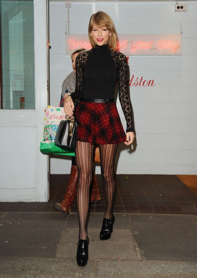 Taylor Swift 2014 : Taylor Swift in Mini Skirt at Cath Kidston -29