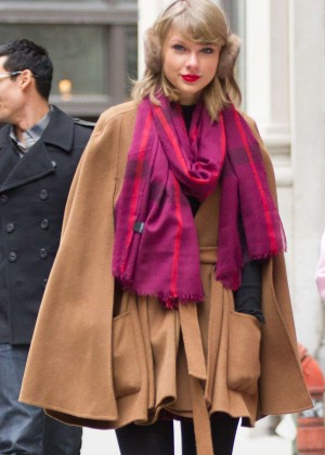 Taylor Swift Steet Style - out and about in NYC