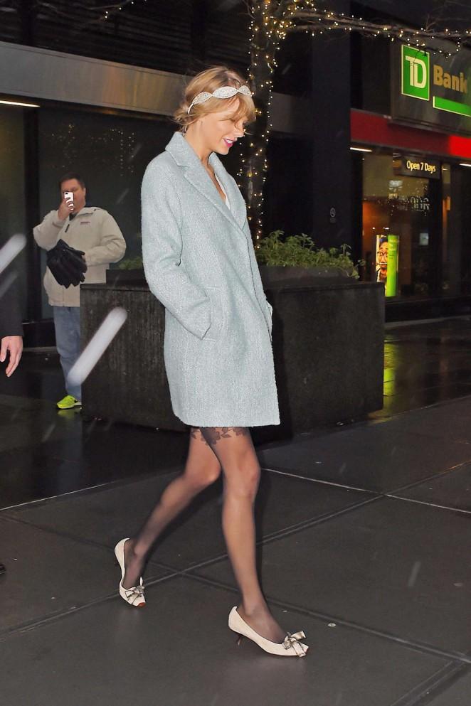 Taylor Swift in Blue Short Coat -08